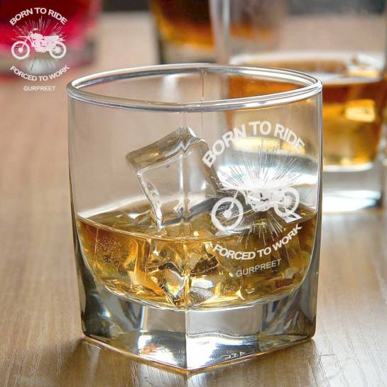 2 Whiskey Glasses - Engraved Slogan
