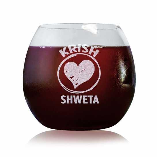 Circle of Love - Stylish Wine Glasses